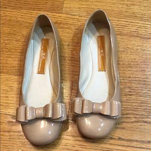 AGL shoes